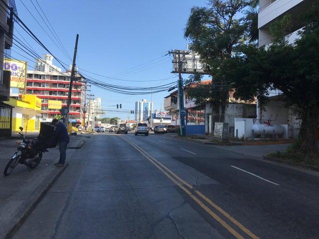 Apartamento Panama>Panama>El Carmen - Venta:110.000 US Dollar - codigo: 17-5053