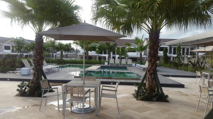 Casa Panama>Panama>Brisas Del Golf - Venta:395.000 US Dollar - codigo: 17-6035