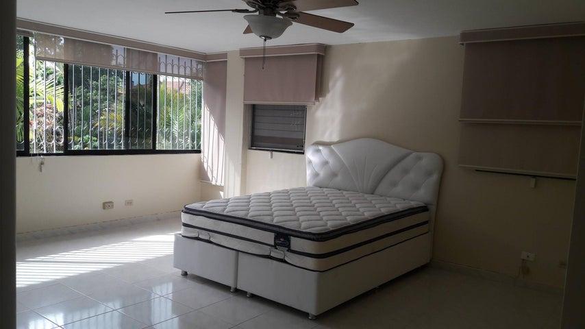 Casa Panama>Panama>San Francisco - Alquiler:3.000 US Dollar - codigo: 17-6346
