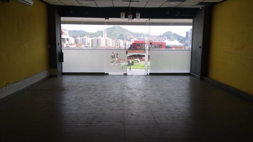 Local comercial Panama>Panama>Condado del Rey - Alquiler:2.000 US Dollar - codigo: 17-6778
