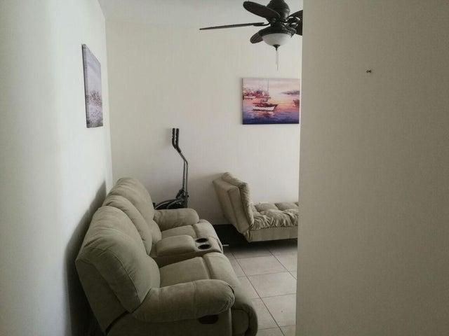Apartamento Panama>Arraijan>Vista Alegre - Alquiler:600 US Dollar - codigo: 17-6817