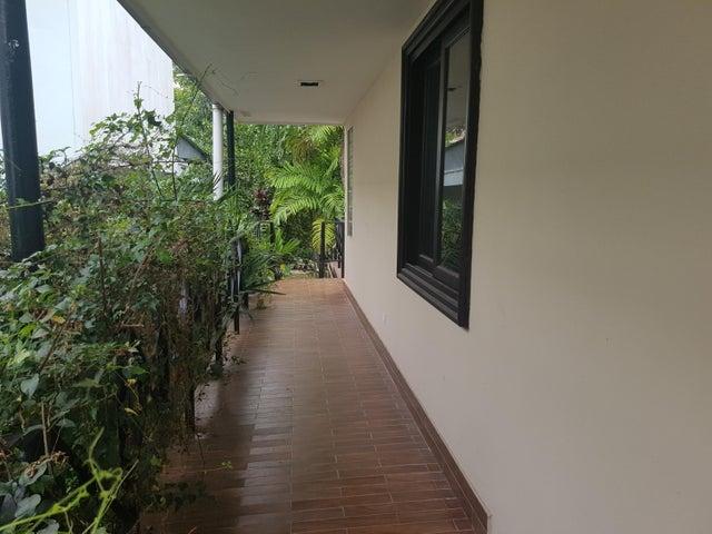 Casa Panama>Panama>Altos del Golf - Venta:1.100.000 US Dollar - codigo: 17-6973