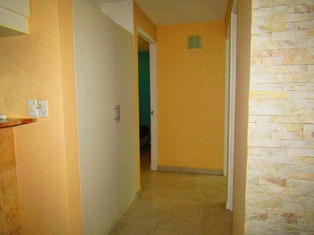 Apartamento Panama>Panama>Rio Abajo - Venta:96.000 US Dollar - codigo: 18-106