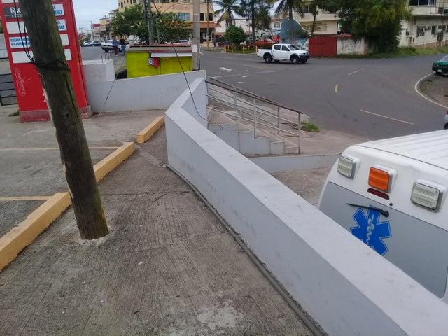 Local comercial Panama>La chorrera>Chorrera - Alquiler:1.700 US Dollar - codigo: 18-121
