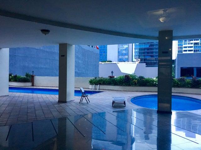 Apartamento Panama>Panama>Obarrio - Alquiler:2.000 US Dollar - codigo: 18-176