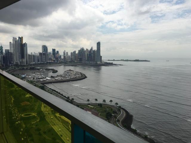 Apartamento Panama>Panama>Avenida Balboa - Alquiler:1.500 US Dollar - codigo: 18-178