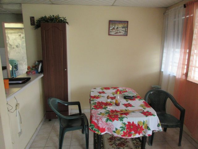 Casa Panama>Arraijan>Vista Alegre - Venta:95.000 US Dollar - codigo: 18-191