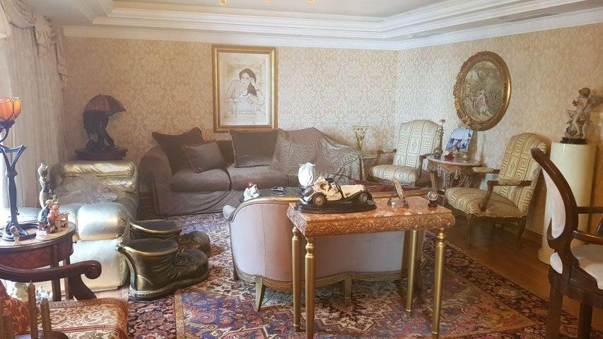 Apartamento Panama>Panama>Bellavista - Venta:355.000 US Dollar - codigo: 18-224
