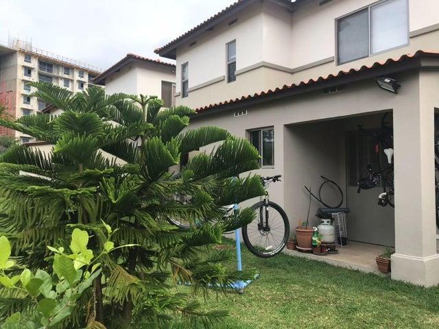 Casa Panama>Panama>Panama Pacifico - Alquiler:1.350 US Dollar - codigo: 18-241