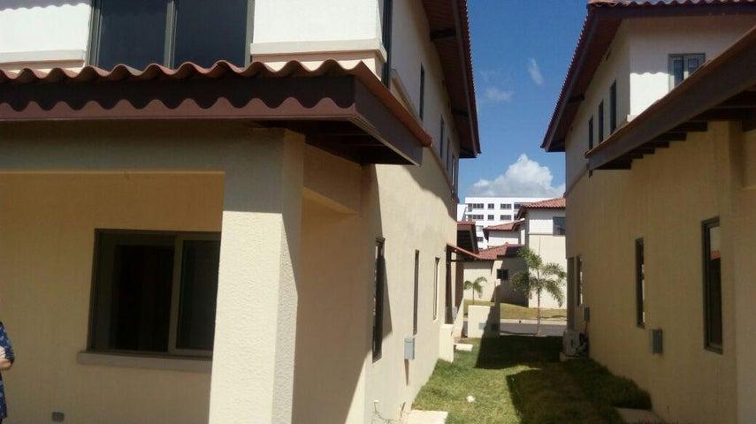 Casa Panama>Panama>Panama Pacifico - Alquiler:1.300 US Dollar - codigo: 18-261
