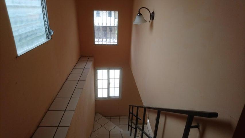 Casa Panama>Panama>Condado del Rey - Venta:300.000 US Dollar - codigo: 18-1656