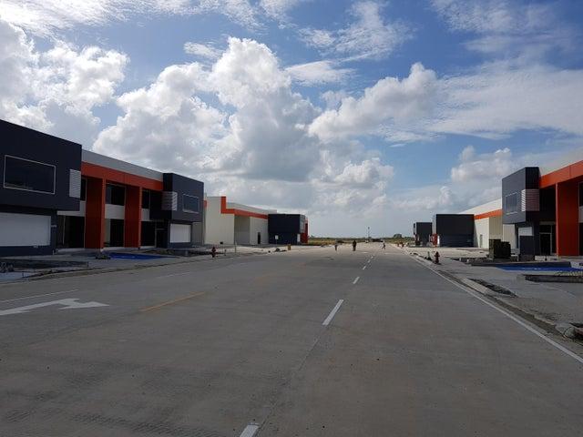 Galera Panama>Panama>Tocumen - Alquiler:12.393 US Dollar - codigo: 18-633