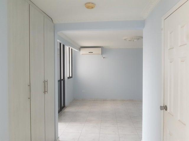 Apartamento Panama>Panama>Paitilla - Venta:430.000 US Dollar - codigo: 18-869