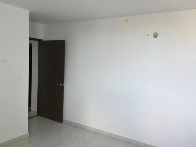 Apartamento Panama>Panama>El Carmen - Venta:218.000 US Dollar - codigo: 18-907
