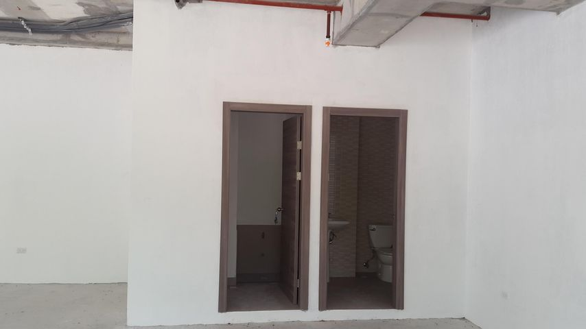 Oficina Panama>Panama>Albrook - Venta:200.000 US Dollar - codigo: 18-1189
