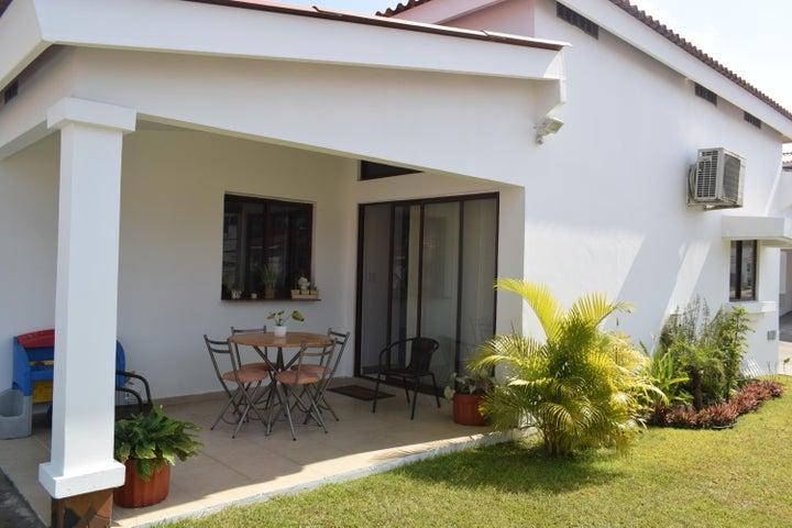 Casa Panama>Arraijan>Vista Alegre - Venta:151.500 US Dollar - codigo: 16-2387