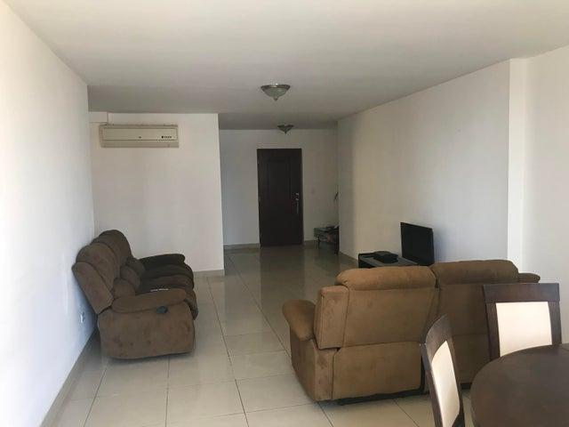 Apartamento Panama>Panama>Obarrio - Venta:210.000 US Dollar - codigo: 18-1685