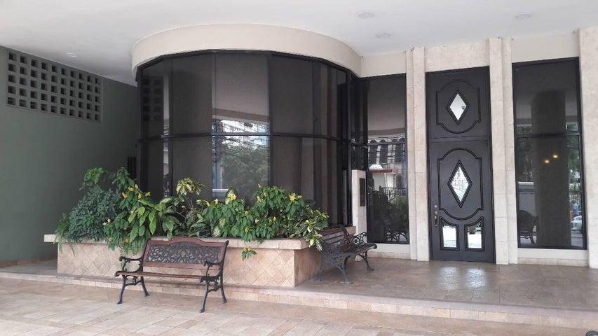 Apartamento Panama>Panama>Obarrio - Venta:270.000 US Dollar - codigo: 18-1727