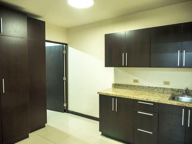 Oficina Panama>Panama>Obarrio - Venta:504.000 US Dollar - codigo: 18-2095