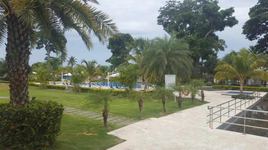 Apartamento Cocle>Rio Hato>Playa Blanca - Venta:600.000 US Dollar - codigo: 18-2102