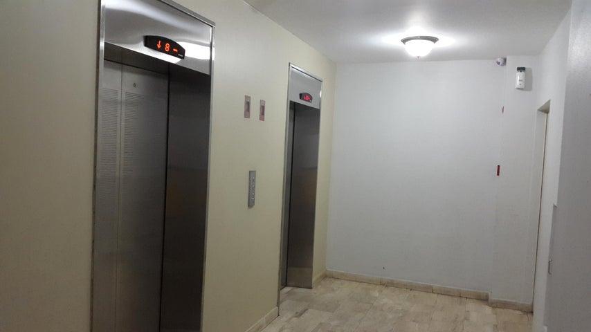Apartamento Panama>Panama>San Francisco - Alquiler:1.700 US Dollar - codigo: 18-2217