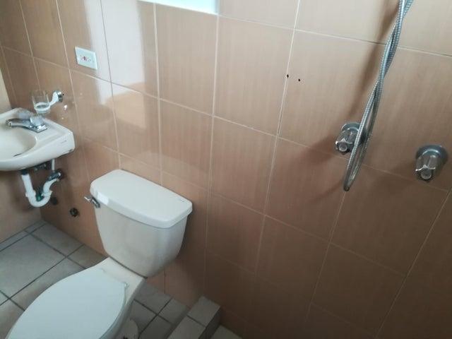 Apartamento Panama>Panama>Pueblo Nuevo - Venta:120.000 US Dollar - codigo: 18-2502