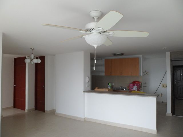 Apartamento Panama>Panama>Transistmica - Alquiler:1.150 US Dollar - codigo: 18-2563