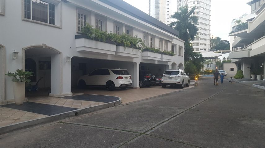 Apartamento Panama>Panama>Coco del Mar - Venta:1.100.000 US Dollar - codigo: 18-3412