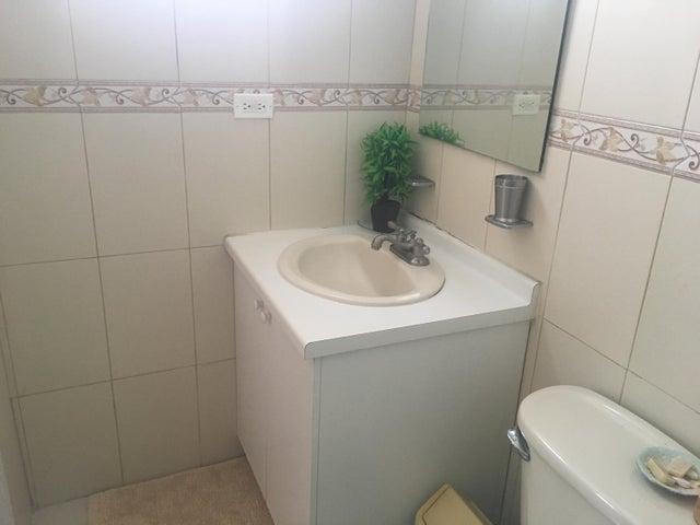 Apartamento Panama>Panama>San Francisco - Alquiler:1.250 US Dollar - codigo: 18-3421