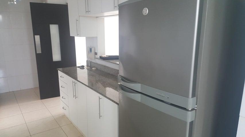 Apartamento Panama>Panama>Carrasquilla - Venta:218.000 US Dollar - codigo: 18-3871