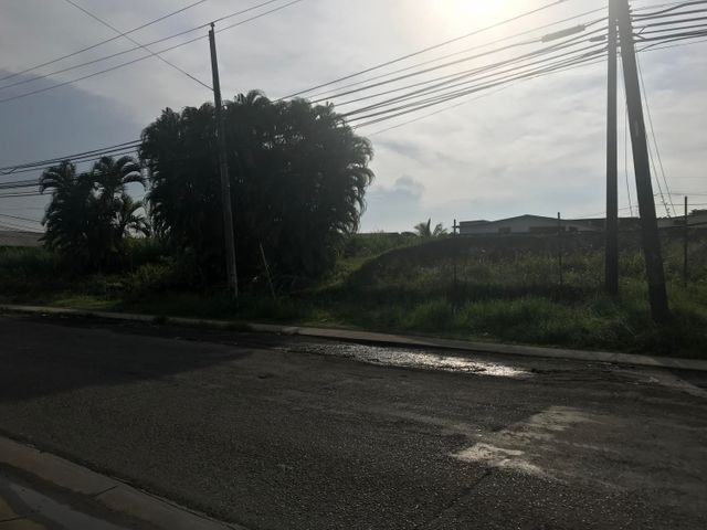 Terreno Colon>Colón>Colon - Venta:480.000 US Dollar - codigo: 18-4281