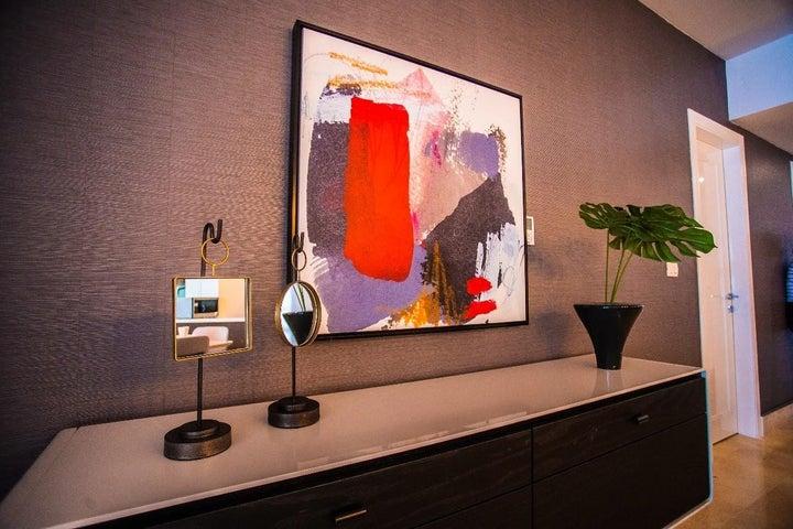 Apartamento Panama>Panama>Avenida Balboa - Venta:440.000 US Dollar - codigo: 18-4364