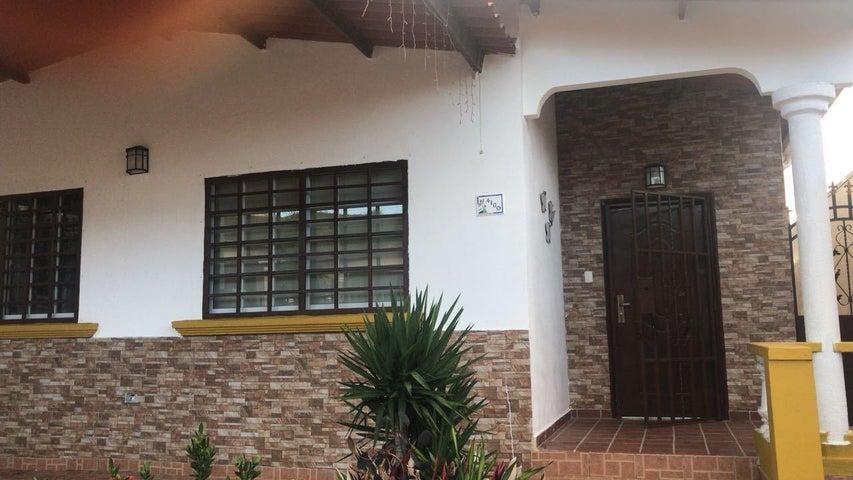 Casa Panama>Panama>Brisas Del Golf - Venta:225.000 US Dollar - codigo: 18-4789