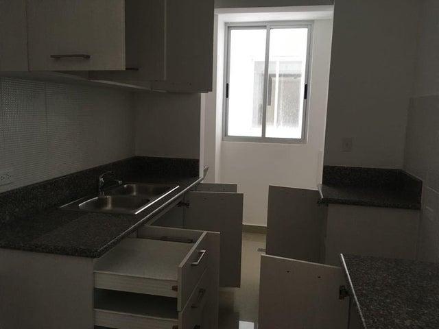 Apartamento Panama>Panama>Hato Pintado - Alquiler:850 US Dollar - codigo: 18-4790