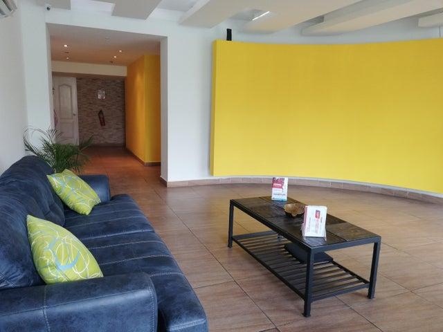 Apartamento Panama>Panama>Carrasquilla - Alquiler:950 US Dollar - codigo: 18-5494