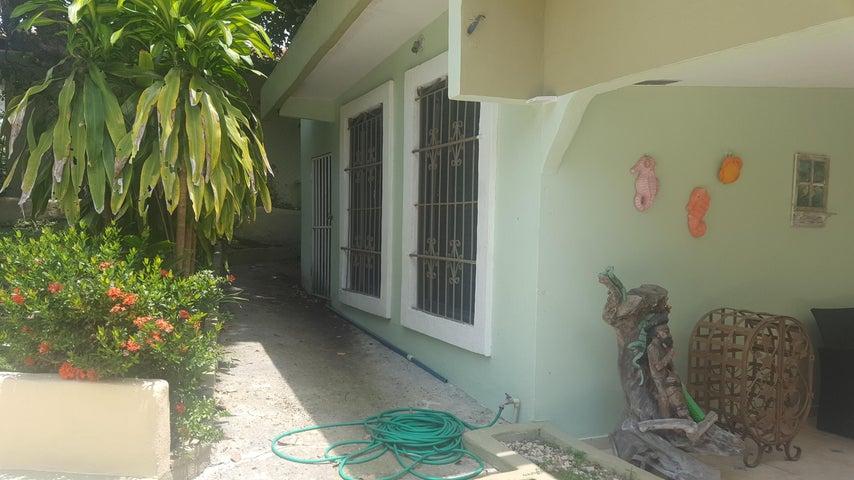 Casa Panama>Chame>Coronado - Venta:265.000 US Dollar - codigo: 18-5146