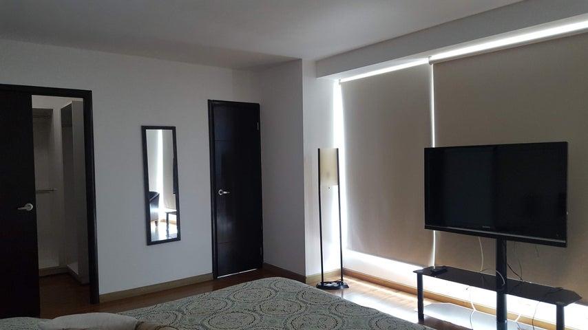 Apartamento Panama>Panama>Avenida Balboa - Venta:269.500 US Dollar - codigo: 18-5790