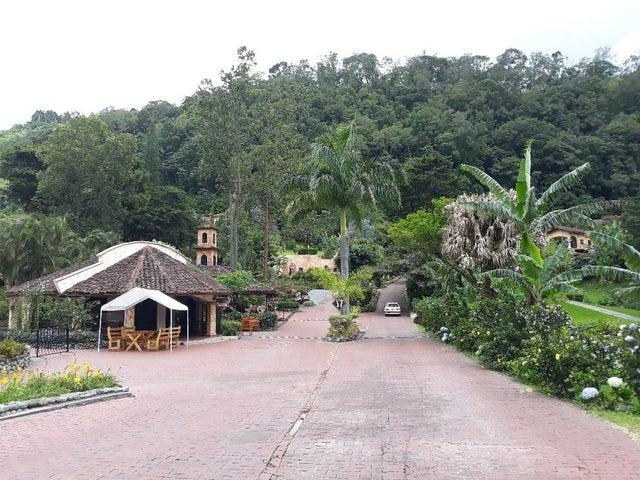Townhouse Chiriqui>Boquete>Boquete - Venta:333.333 US Dollar - codigo: 18-6864