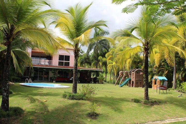 Casa Cocle>Rio Hato>Playa Blanca - Venta:450.000 US Dollar - codigo: 18-6867