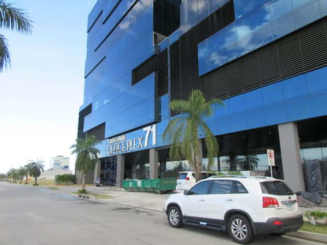 Local comercial Panama>Panama>Santa Maria - Alquiler:7.000 US Dollar - codigo: 18-6979