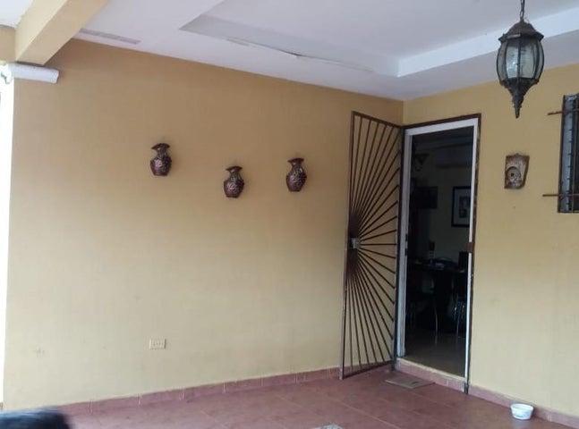 Casa Panama>San Miguelito>San Antonio - Venta:128.000 US Dollar - codigo: 18-6729