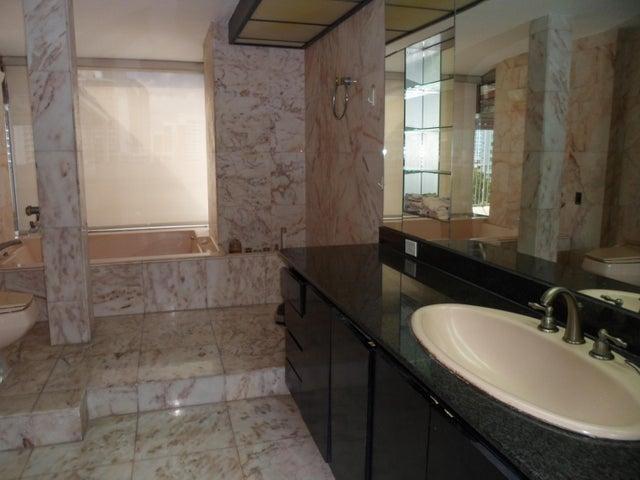Apartamento Panama>Panama>Paitilla - Venta:377.000 US Dollar - codigo: 18-7171