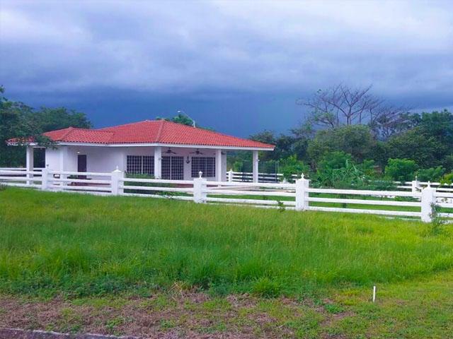 Casa Panama>San Carlos>San Carlos - Alquiler:1.950 US Dollar - codigo: 18-7230
