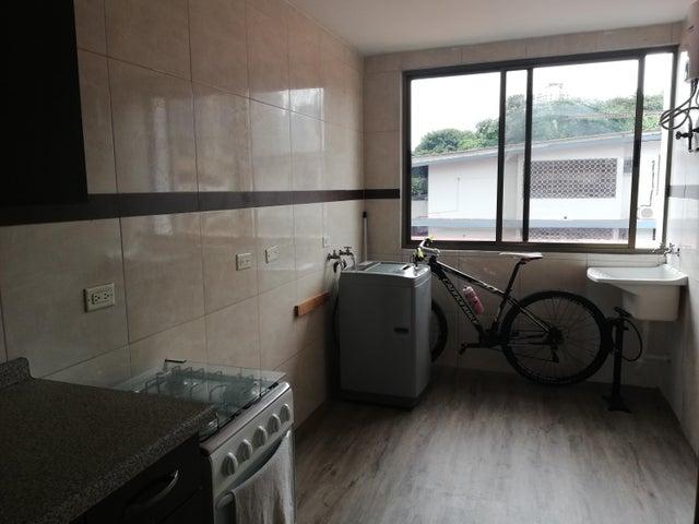Apartamento Panama>Panama>Obarrio - Alquiler:900 US Dollar - codigo: 18-7375