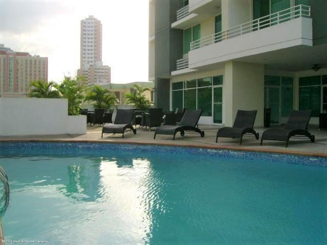 Apartamento Panama>Panama>El Cangrejo - Alquiler:1.400 US Dollar - codigo: 18-7800