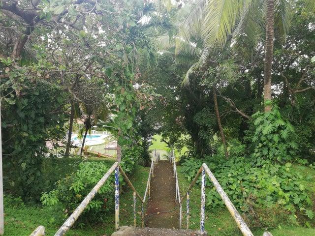 Casa Panama>San Miguelito>Dorasol - Venta:180.000 US Dollar - codigo: 18-7955
