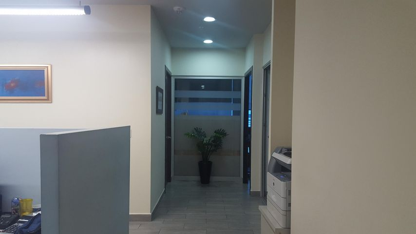 Oficina Panama>Panama>Santa Maria - Venta:460.000 US Dollar - codigo: 18-8173