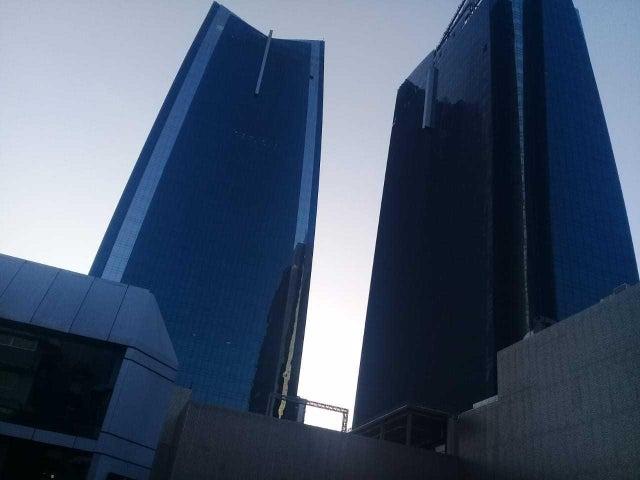 Apartamento Panama>Panama>Obarrio - Venta:210.000 US Dollar - codigo: 18-8557