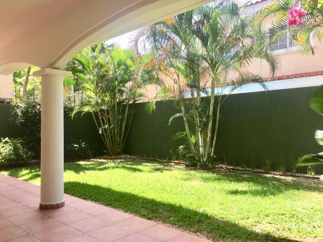 Casa Panama>Panama>Costa del Este - Alquiler:2.900 US Dollar - codigo: 18-8681