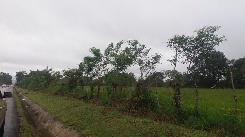 Terreno Chiriqui>Chiriqui>Chiriqui - Venta:3.400.000 US Dollar - codigo: 19-472